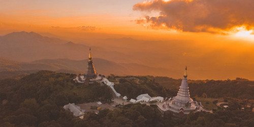 10 reasons why you should travel to Luang Prabang instead of Vientiane