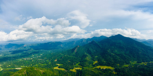 12 reasons why you should travel to Sri Lanka right now