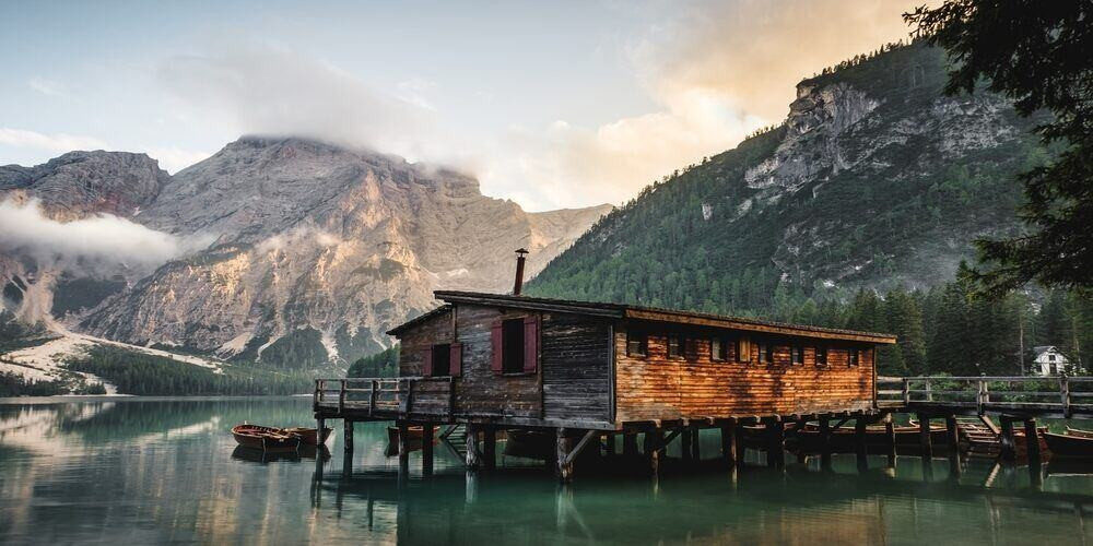 Lago di Braies, Boathouse on a mountain lake