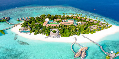 10 reasons why you should travel to Cook Islands right now