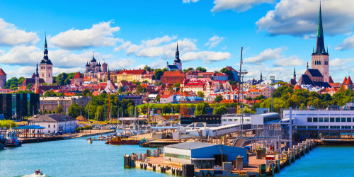 What are the best tourist attractions in Estonia
