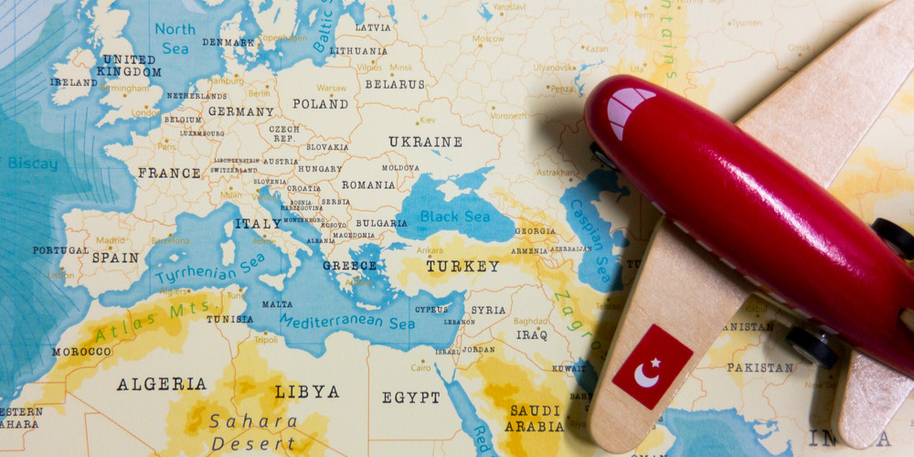 A map of Turkey and a red plane