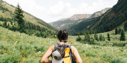 Reasons why backpacking is better than luxurious traveling