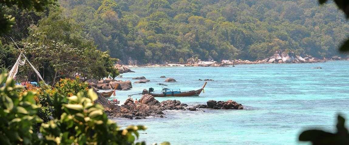 Nature of Phi-Phi Islands