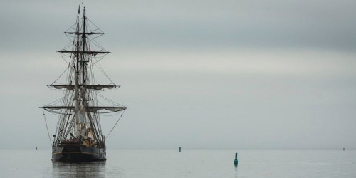 A Hundred Years of Legend of the Shackleton Expedition