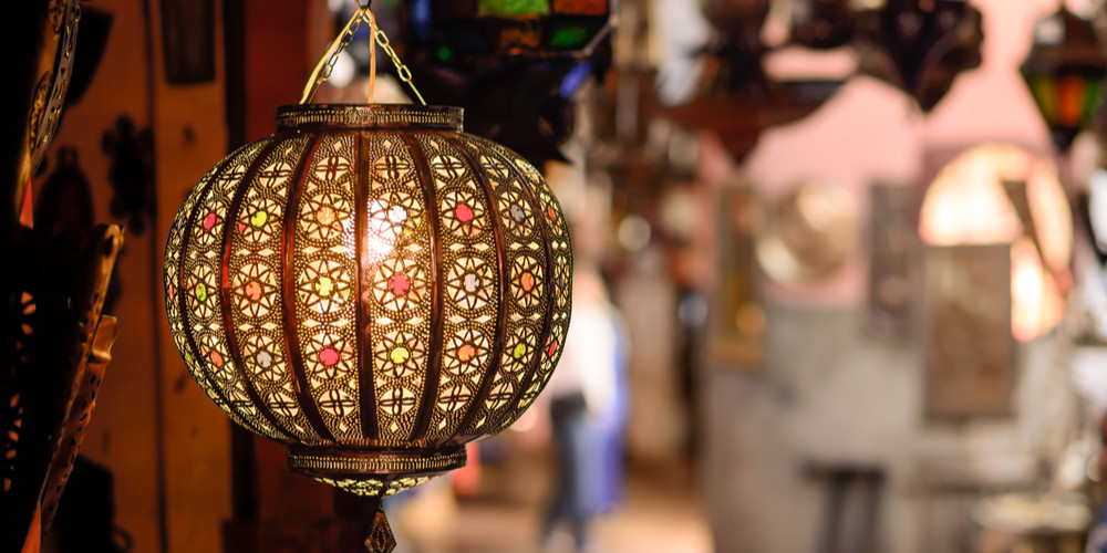 Traditional lamp