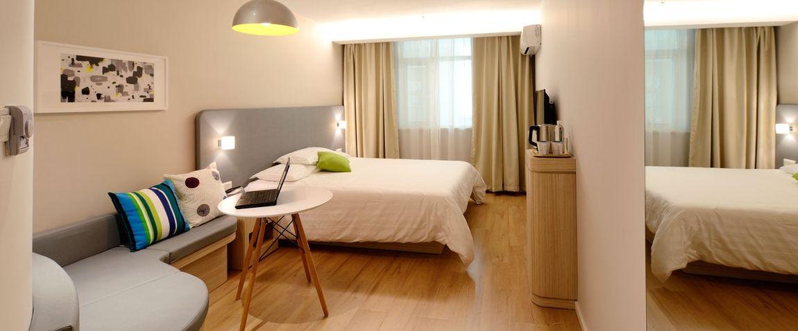 cool hotel room