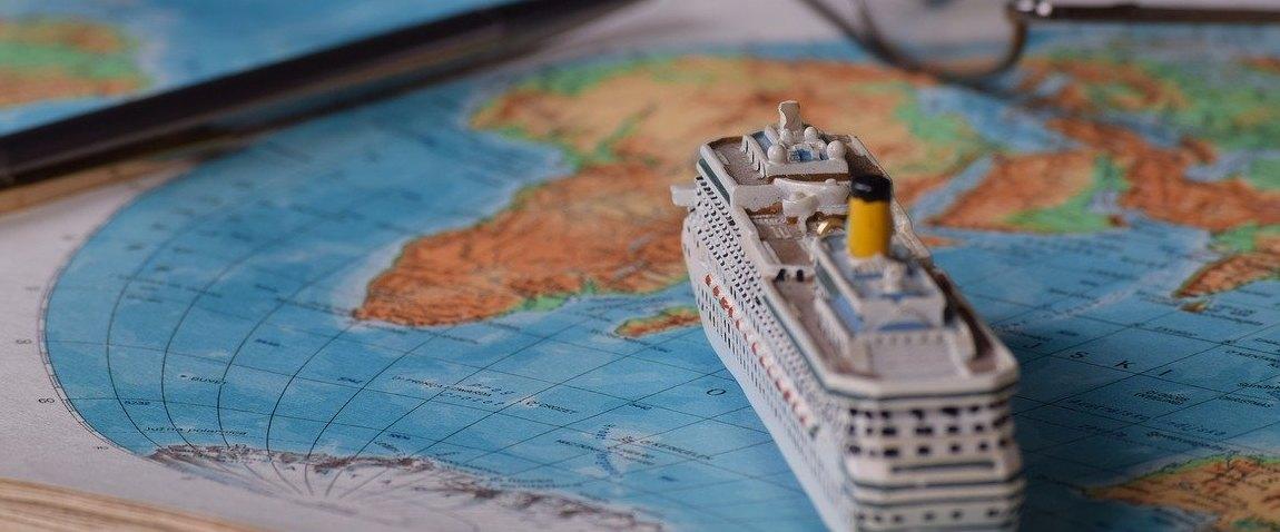 cruising on the world map