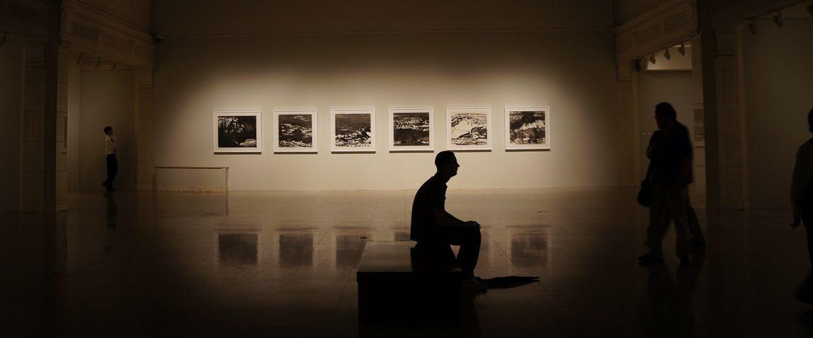 dark theme museum