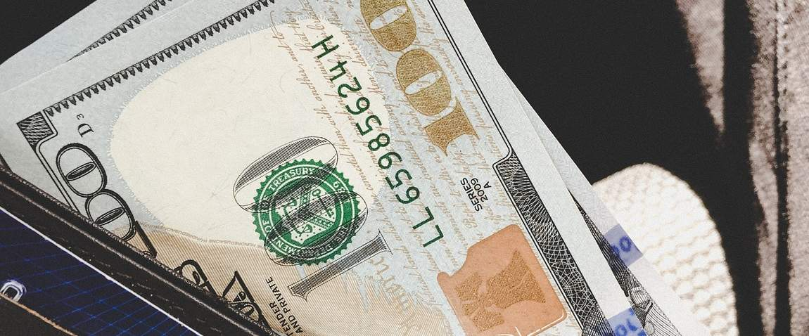 dollari v zimbabve