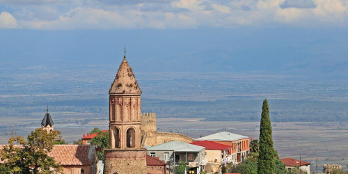 10 reasons why you should travel to Sighnaghi instead of Tbilisi