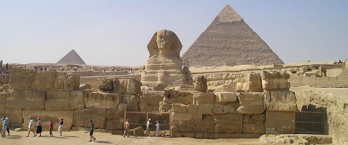 sphinx pyramids