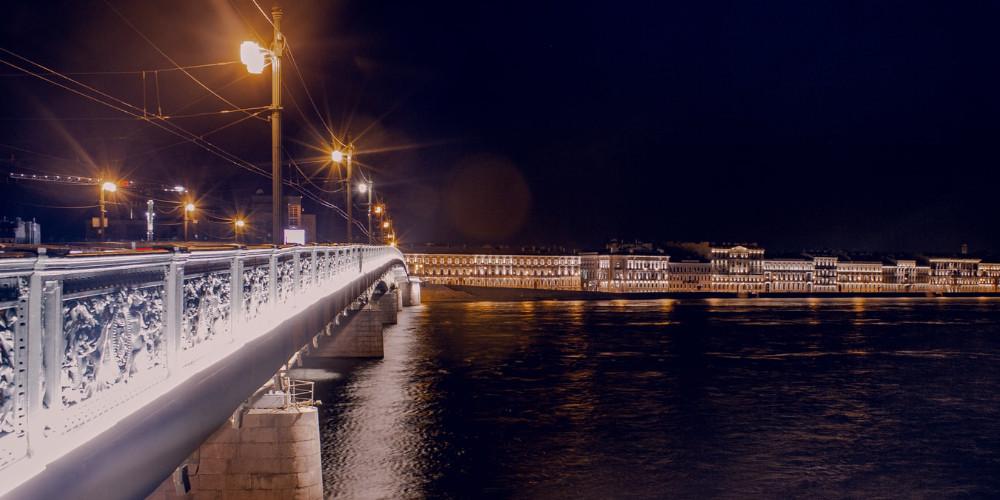 Liteyniyy bridge crossing Neva river, Saint Petersburg, Russia