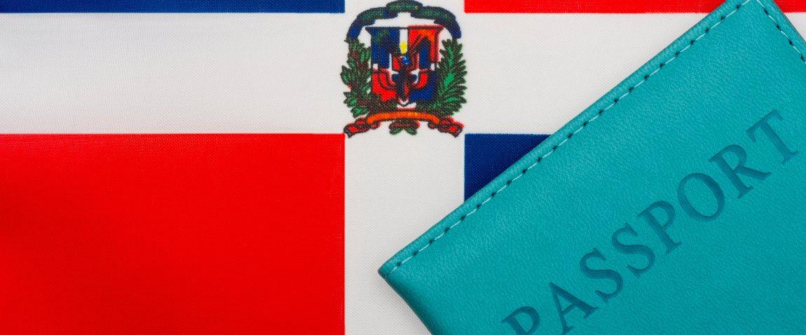 flag dominikanskoy respubliki pasport