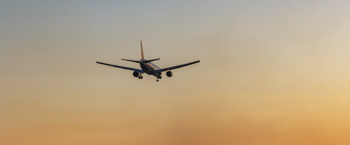 flight to comoros