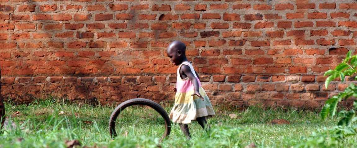 girl in jufureh village