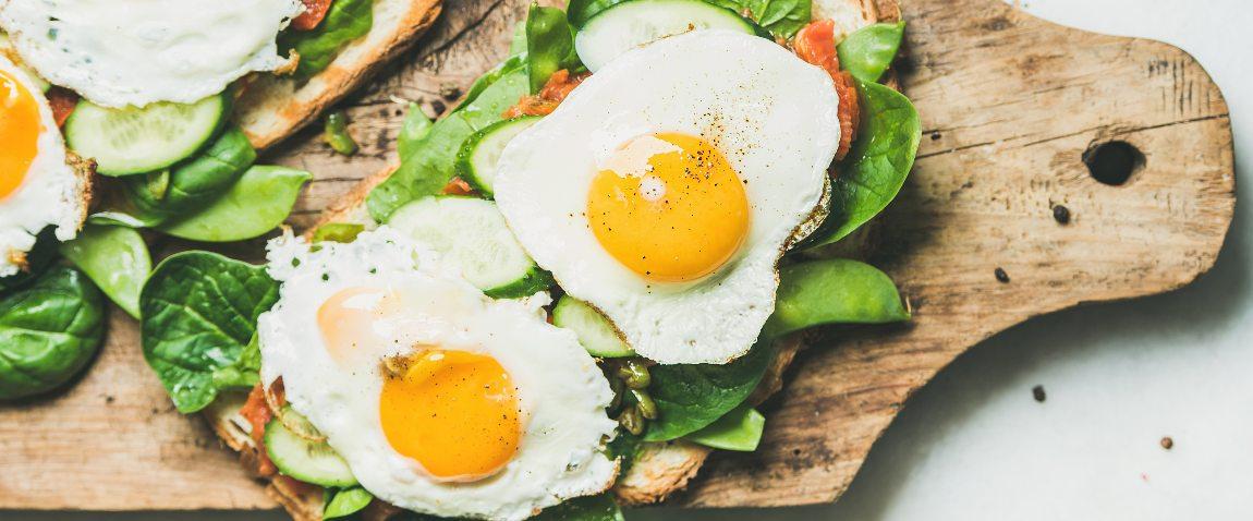 healthy breakfast eggs