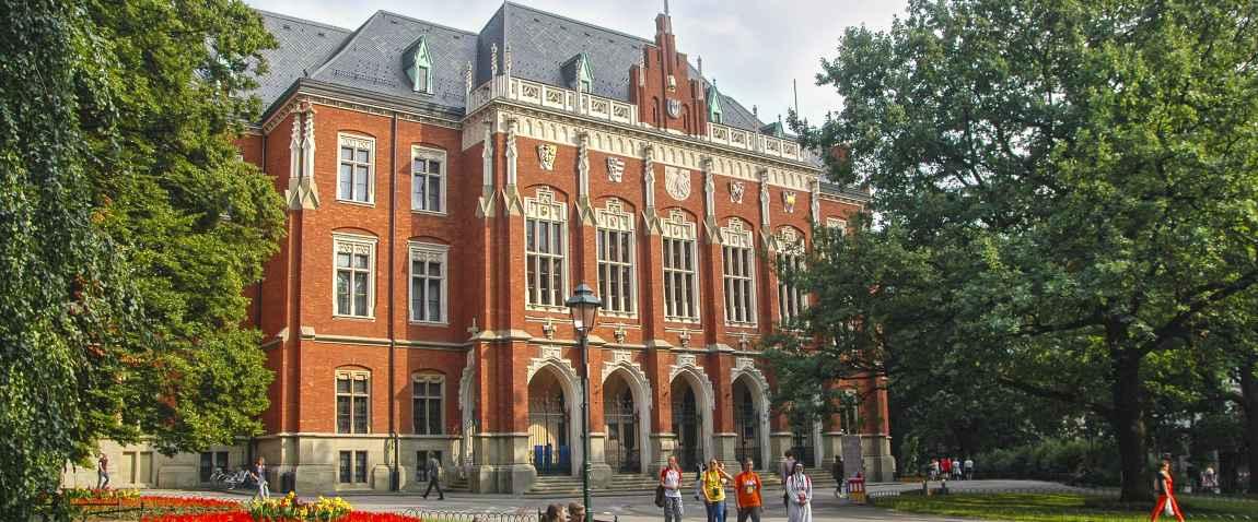 oldest polish university