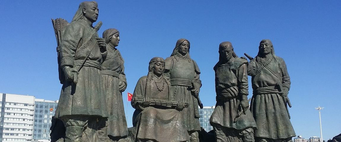 kings statue of mongol empire