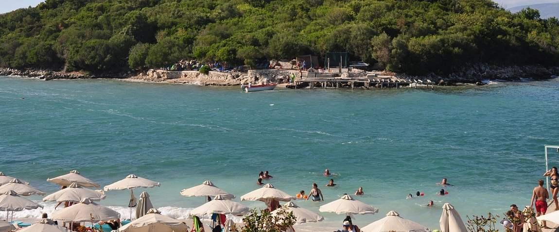 plaj albaniyi