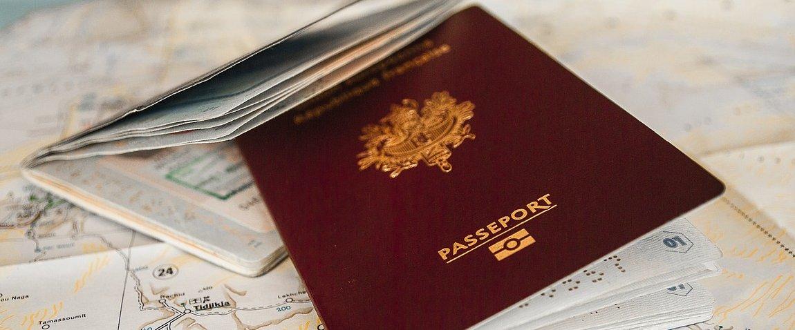 red passport