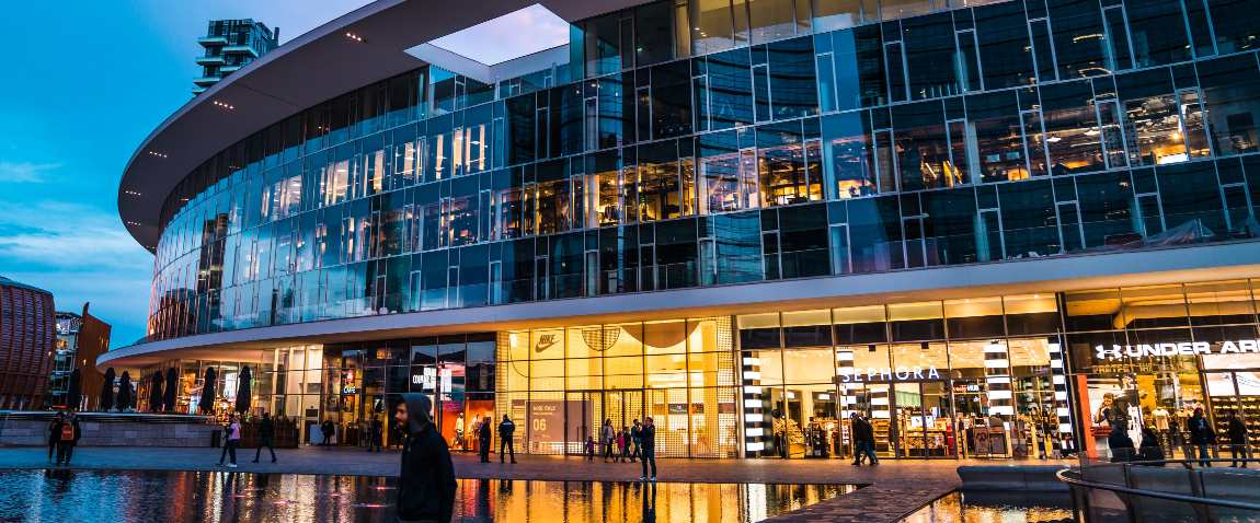 milan shopping mall