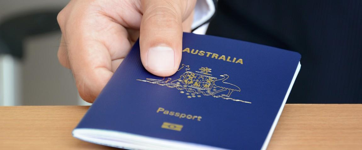 siniy pasport viza shtamp
