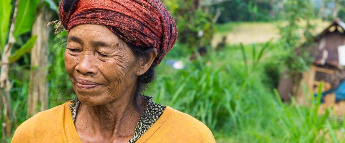 smiling tokelaun woman