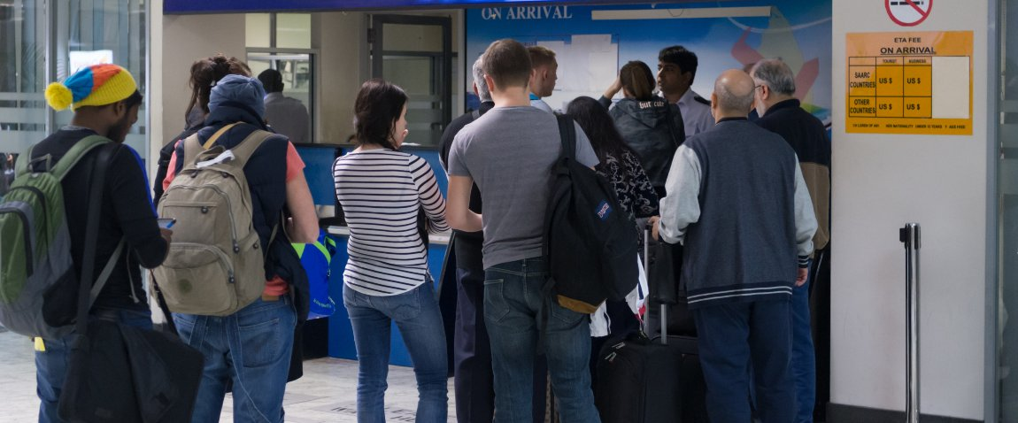 tourists getting visa on arrival
