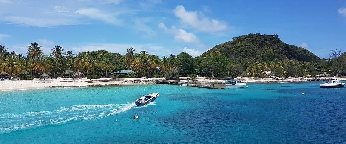 unique saint vincent and the grenadines islands