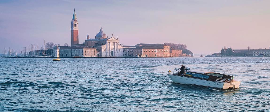 venetian island