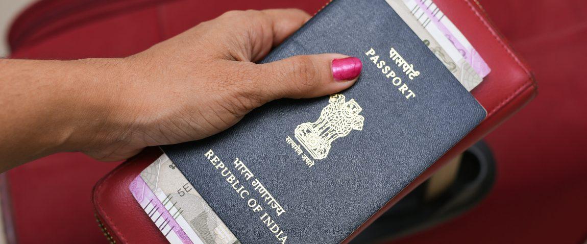 holding qatar passport